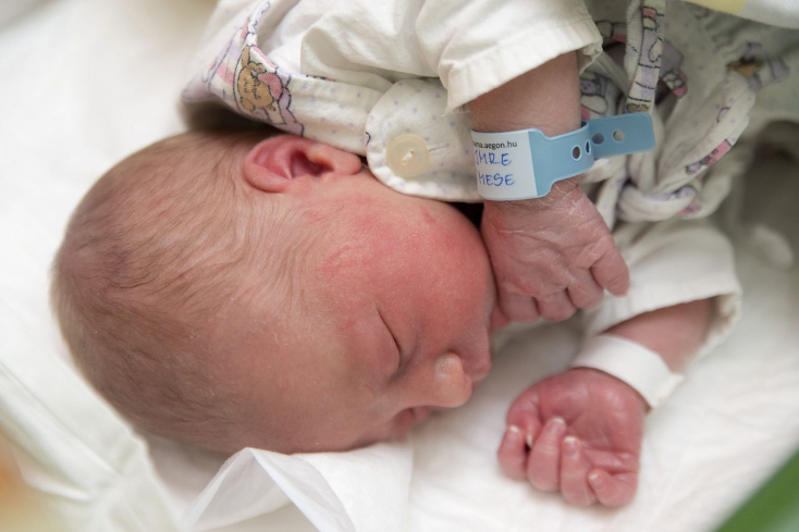 Ő lett az újév első babája Magyarországon!