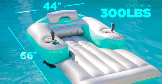 Ez lesz az új nyári őrület - a motoros strandmatrac (VIDEÓ)