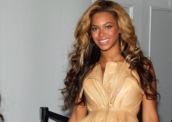 Beyoncé így néz ki smink nélkül