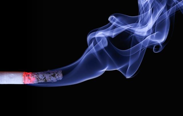 A dohányzás miatt veszítette el gyerekei felügyeleti jogát egy férfi