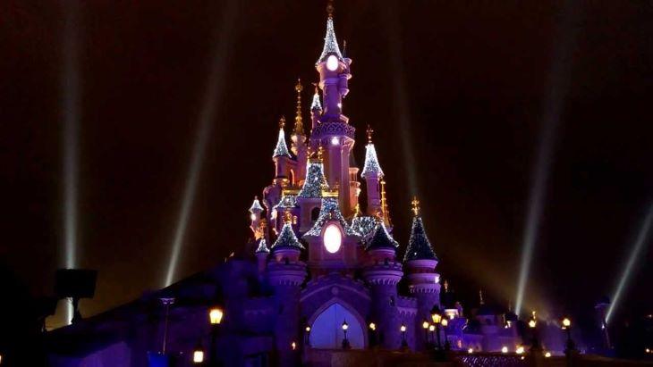 Július 15-től fokozatosan újranyílik a párizsi Disneyland