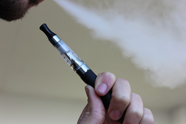 A WHO szerint az elektromos cigaretta káros az egészségre