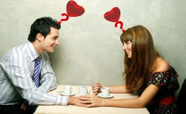 kivel randevúzol a középiskolai történetben?