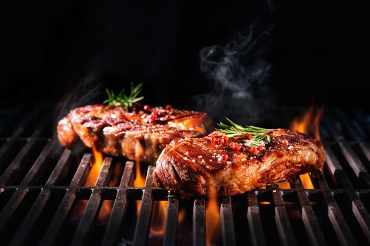Vigyázat a grillfüsttel, mert rákkeltő anyagai bőrön át veszélyesebbek, mint belélegezve