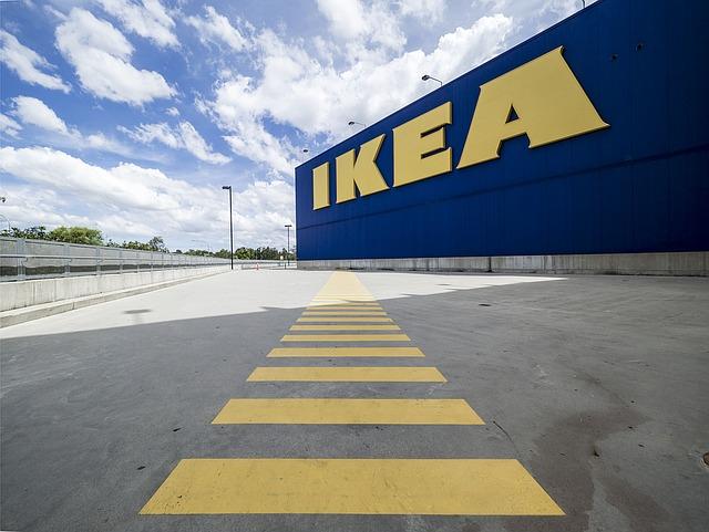 A nőket mellőző katalógusa miatt pereli az IKEA-t egy izraeli nő