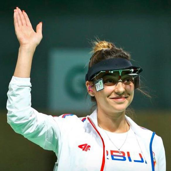 TRAGÉDIA: Szülés után meghalt a kiváló sportlövő világbajnok