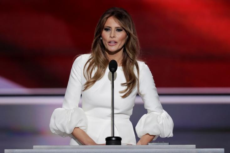 A first lady fellépést ígér az internetes zaklatás ellen