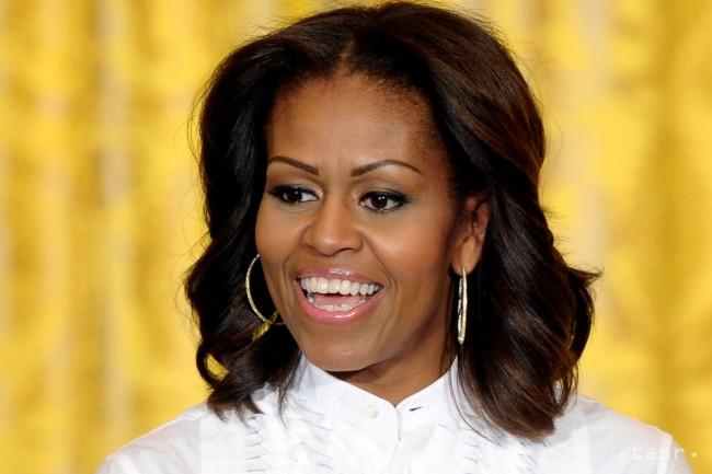 Michelle Obama a közösségi média veszélyeire figyelmeztette a fiatalokat