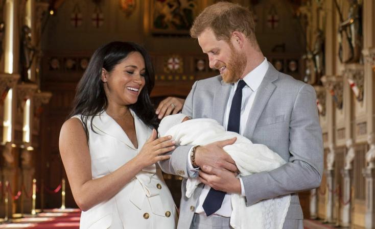 Nagyon cuki fotót tettek közzé a kis hercegről anyák napján (FOTÓ)