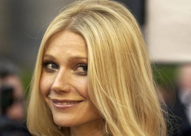 Kecsketejjel szépül a 44 éves amerikai színésznő