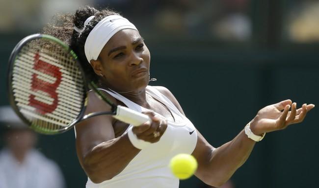 Serena Williams megmutatta újszülött kislányát