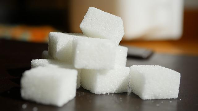 A cukros üdítőitalok fogyasztása növelheti a rák kockázatát