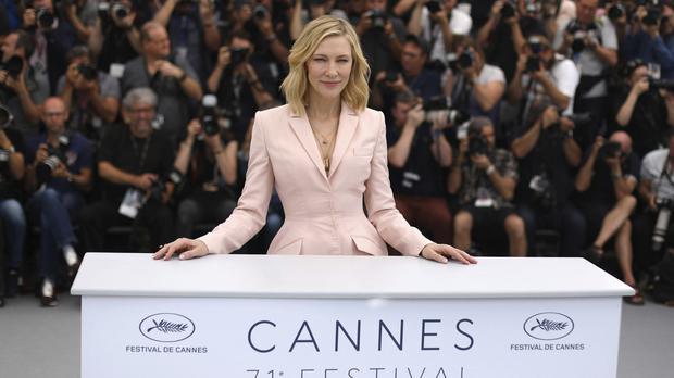 Ilyen ruhakölteményekben vonultak végig a hírességek Cannes-ban, a vörös szőnyegen