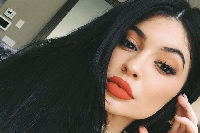 Kylie Jenner ezekkel a fotókkal biztos felbosszant sők nőt – nem szülhetett két hónappal ezelőtt
