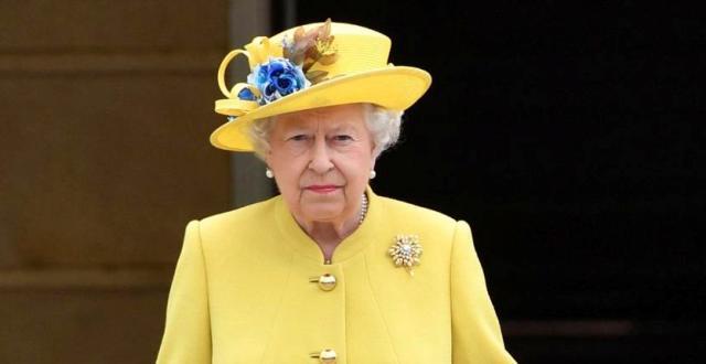 """Az angol királynő lett a legjobban öltözött brit """"híresség"""""""