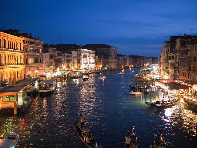 Velencében 2020 második felétől szednek belépődíjat a szállást nem foglaló turistáktól